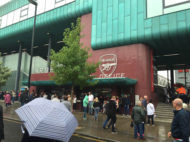 Med kunder på Emirates Stadium September 2016/With clients at the Emirates Stadium September 2016